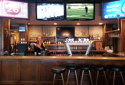 River Rock Bar + Grill is on-site, featuring flat screen TV's and a games room.