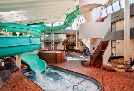 Make a splash in our indoor pool and waterslide! 2 pools, 2 hot-tubs and a 250 foot waterslide.   Open daily from 7:00am - 10:00pm 