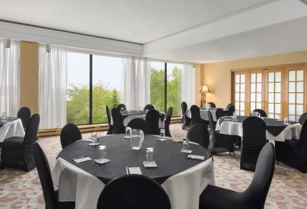 Meeting and banquet space to accommodate groups up to 80 people