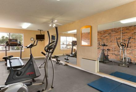 Onsite fitness centre, open daily from 6am - 10pm.