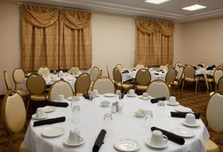 Meeting room with on-site catering and audio visual services