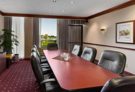 Beautiful meeting space for groups from 10 - 200 people.