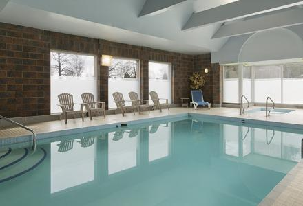 Enjoy the sunny indoor pool with relaxing hot tub.  Open 7:00am – 11:00pm daily.