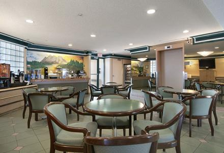 Complimentary continental breakfast, daily from 6:00am - 10:00am