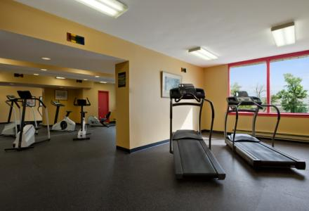 Guests will enjoy the on-site fitness centre, open 24 hours-a-day.