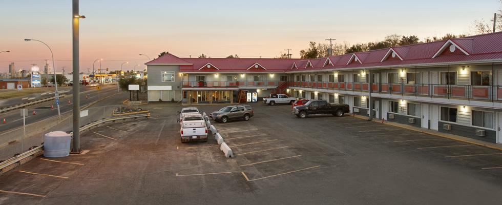 Convenient Saskatoon Hotel