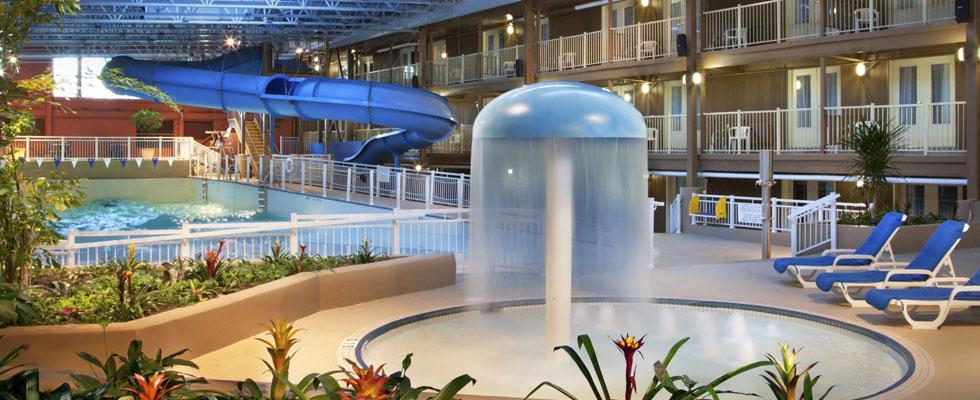 Hôtel avec piscine à vagues