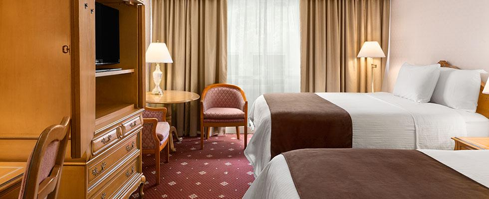 Beautiful Niagara Falls Hotel