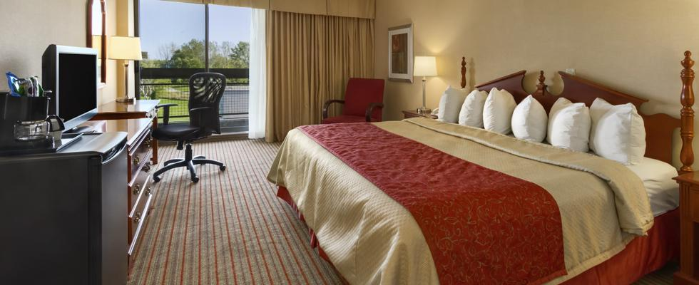 Belleville hotel packages