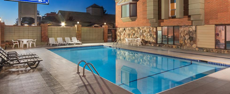 Calgary Hotel with Pool