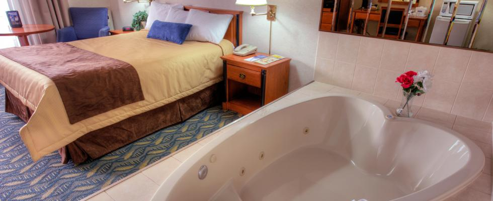 Luxurious Jacuzzi Suites