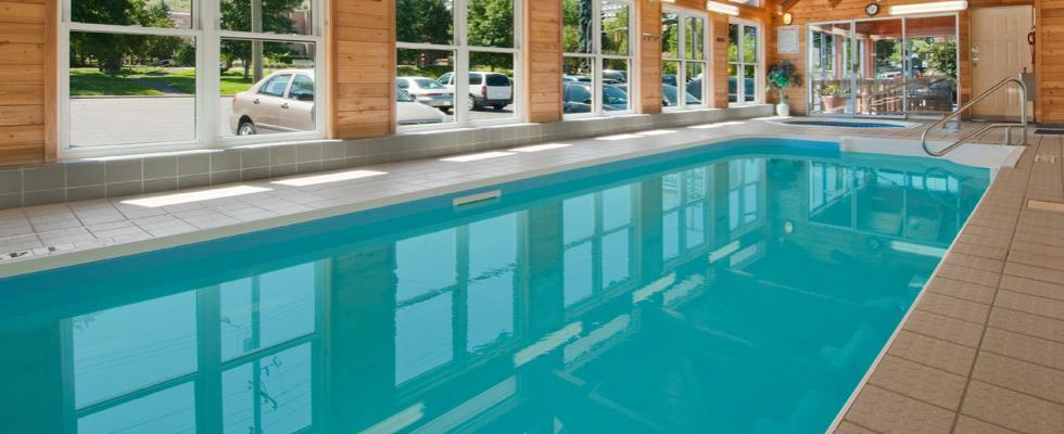Kamloops hotel with pool